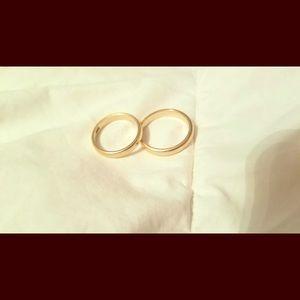 Gold Wedding Ring Set